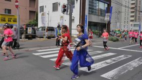 北海道Sapporro日本2017年8月从会集在国际事件的世界的马拉松运动员第20  库存图片