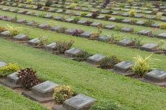 北碧战争公墓,数千联盟的POWs在臭名远扬的泰国死对缅甸死亡铁路被埋没 免版税库存图片