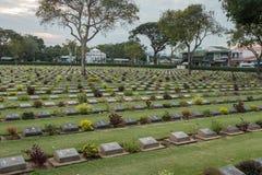 北碧战争公墓,数千联盟的POWs在臭名远扬的泰国死对缅甸死亡铁路被埋没 库存照片