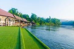 北碧,泰国- 11月14,2015 :在天堂的河视图 免版税库存照片