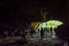 北碧, TH - 11月13日:作为道路线铁路世界大战2一部分的Krasae洞地方在世界历史被记录了 免版税库存图片