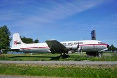 从北空运货物(NAC)的葡萄酒DC-6 Liftmaster飞机 图库摄影