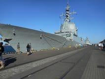 北约军舰 在生动的颜色的艺术性的神色 免版税库存照片