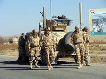 北约战士在阿富汗 免版税库存照片