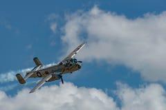 北美洲B-25J `米歇尔`离开时间 图库摄影