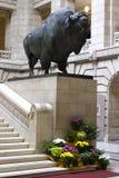 北美野牛雕象 免版税库存照片
