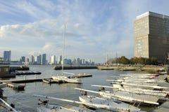 北部小海湾小游艇船坞,街市曼哈顿,纽约 免版税库存照片
