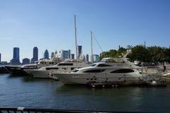 北部小海湾游艇港口和小游艇船坞11 免版税库存图片