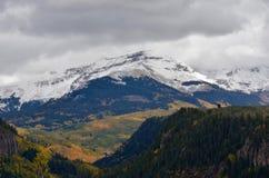 北部拉普拉塔山的登上Hesperus Dibé Nitsaa大山绵羊黑曜石山那瓦伙族人神圣的山,科罗拉多 图库摄影