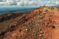 北部突破巨大扎尔巴奇克火山裂痕爆发1975年 免版税库存照片