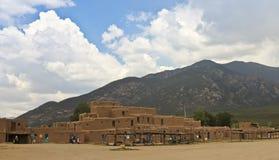 北部议院, Taos镇看法  库存图片