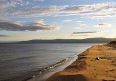 北部贝加尔湖的海滩 库存图片
