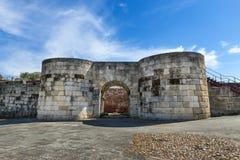 北部门入口的细节对Idanha历史的村庄的Velha 免版税库存照片