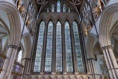 约克大教堂北部Transept彩色玻璃,英国 免版税库存照片