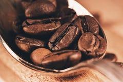匙子宏观照片用咖啡 免版税库存照片