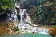 匡Si秋天瀑布琅勃拉邦老挝 免版税库存图片