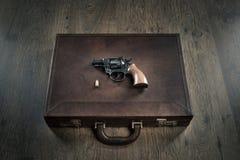 匪徒的左轮手枪 免版税库存照片