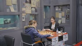 匹配Shuvalova对在俄国棋超决赛的Bodnaruk 影视素材