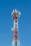 区城市dmitrov莫斯科晚上电信塔冬天 库存图片