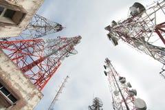 区城市dmitrov莫斯科晚上电信塔冬天 免版税库存照片
