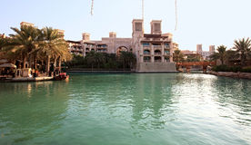 区复杂jumeirah madinat 免版税库存图片