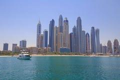 区小游艇船坞海滩在迪拜 免版税图库摄影