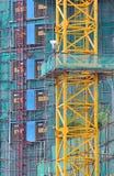区建筑脚手架工作 免版税库存照片
