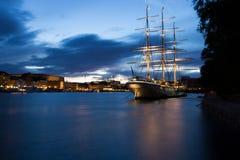 区街市晚上老斯德哥尔摩城镇 斯德哥尔摩 瑞典 库存图片