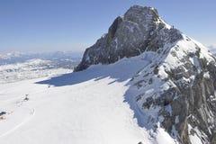 区dachstein山滑雪 免版税库存图片