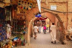 2008区gottic巴塞罗那的barri可以场面西班牙街道 马拉喀什 摩洛哥 图库摄影