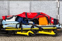 医务人员救护车设备 免版税库存图片