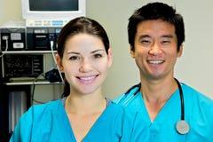医生女性护士小组 免版税库存图片