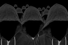 匿名计算机黑客戴头巾大量  图库摄影