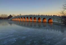 十七曲拱桥梁 免版税图库摄影