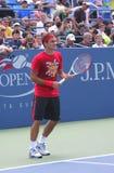 十七次全垒打冠军罗杰・费德雷尔为美国公开赛实践在比利・简・金全国网球Cente 免版税库存图片