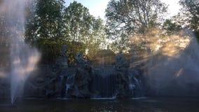 十二个月的喷泉在都灵的瓦伦蒂诺公园 股票录像