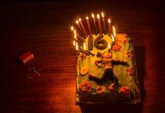 十几岁生日蛋糕 库存图片