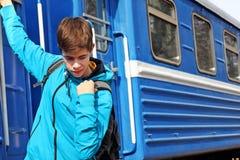 十几岁的男孩旅客 库存照片