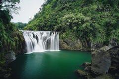 十分瀑布在平溪区,新的台北,台湾 免版税库存图片