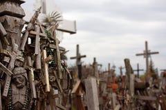 十字架小山是朝圣站点在北部立陶宛 库存照片