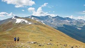 足迹跑在落矶山脉的, Coloroado 免版税图库摄影