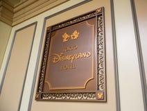 千叶,日本:东京迪斯尼乐园旅馆标签标志在浦安,千叶,日本 库存图片