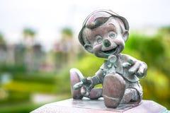 千叶,日本:木偶奇遇记在东京迪斯尼手段,浦安,日本的字符雕象 免版税库存照片