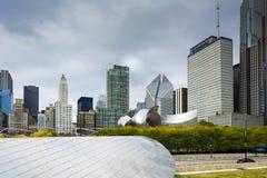 从千年公园的芝加哥都市风景 免版税库存图片