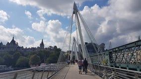千年桥梁 免版税库存照片