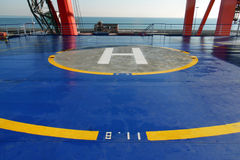 直升机在客轮适应平台的着陆架  在渡轮Visemar一的直升机场 紧急着陆的地方 库存照片