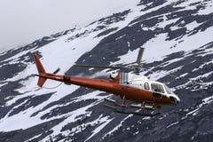 直升机在阿拉斯加 库存图片