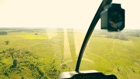 从直升机客舱的看法在飞行期间 影视素材