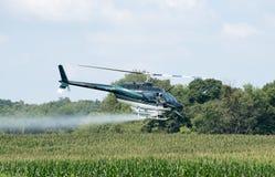 直升机cropduster 免版税库存图片