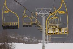 升降椅滑雪 免版税图库摄影